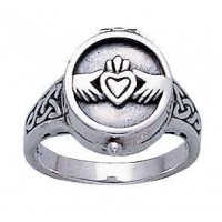 Claddagh Silver Poison Ring